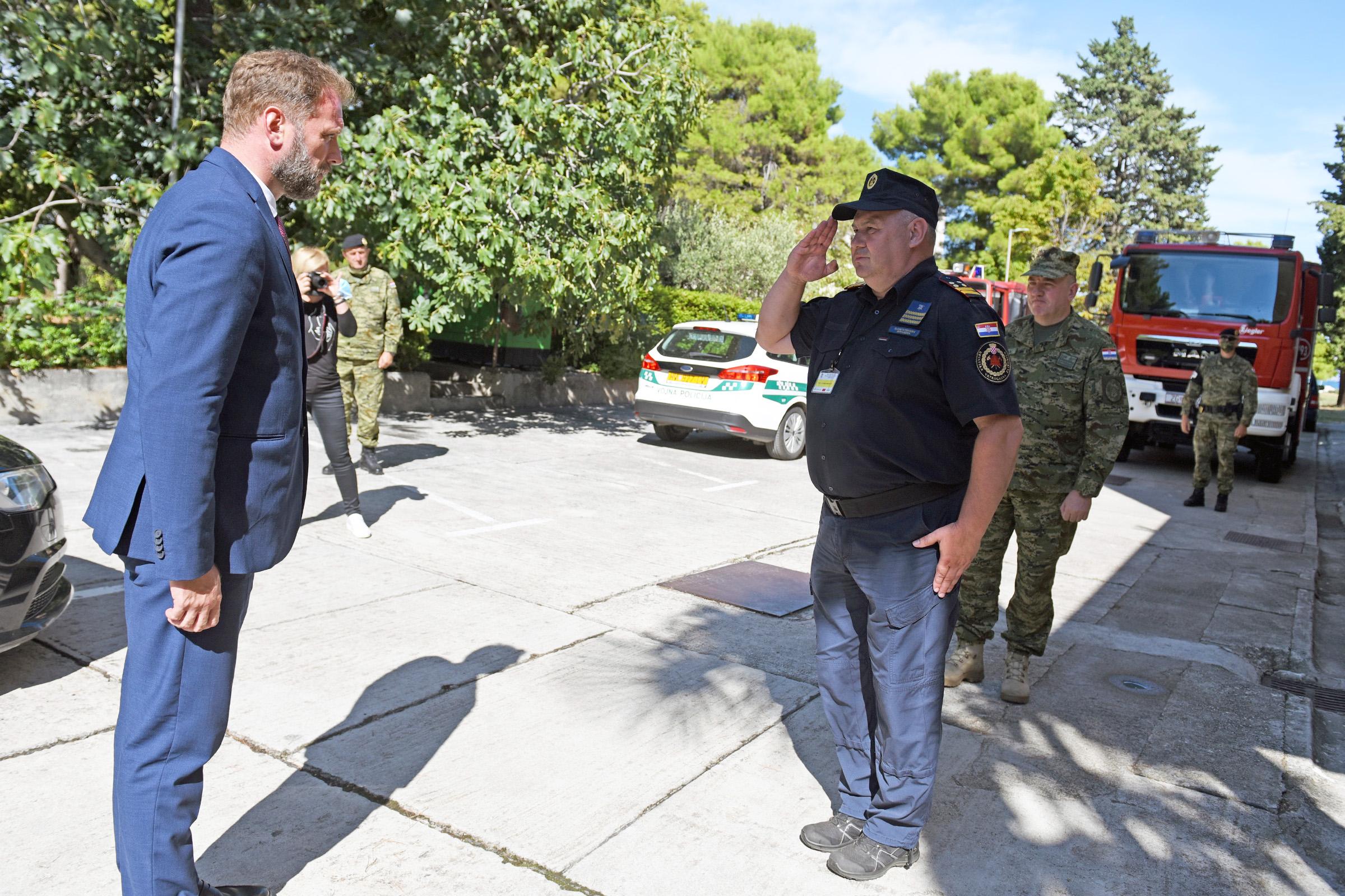 Ministar Banožić i admiral Hranj u radnom posjetu Divuljama