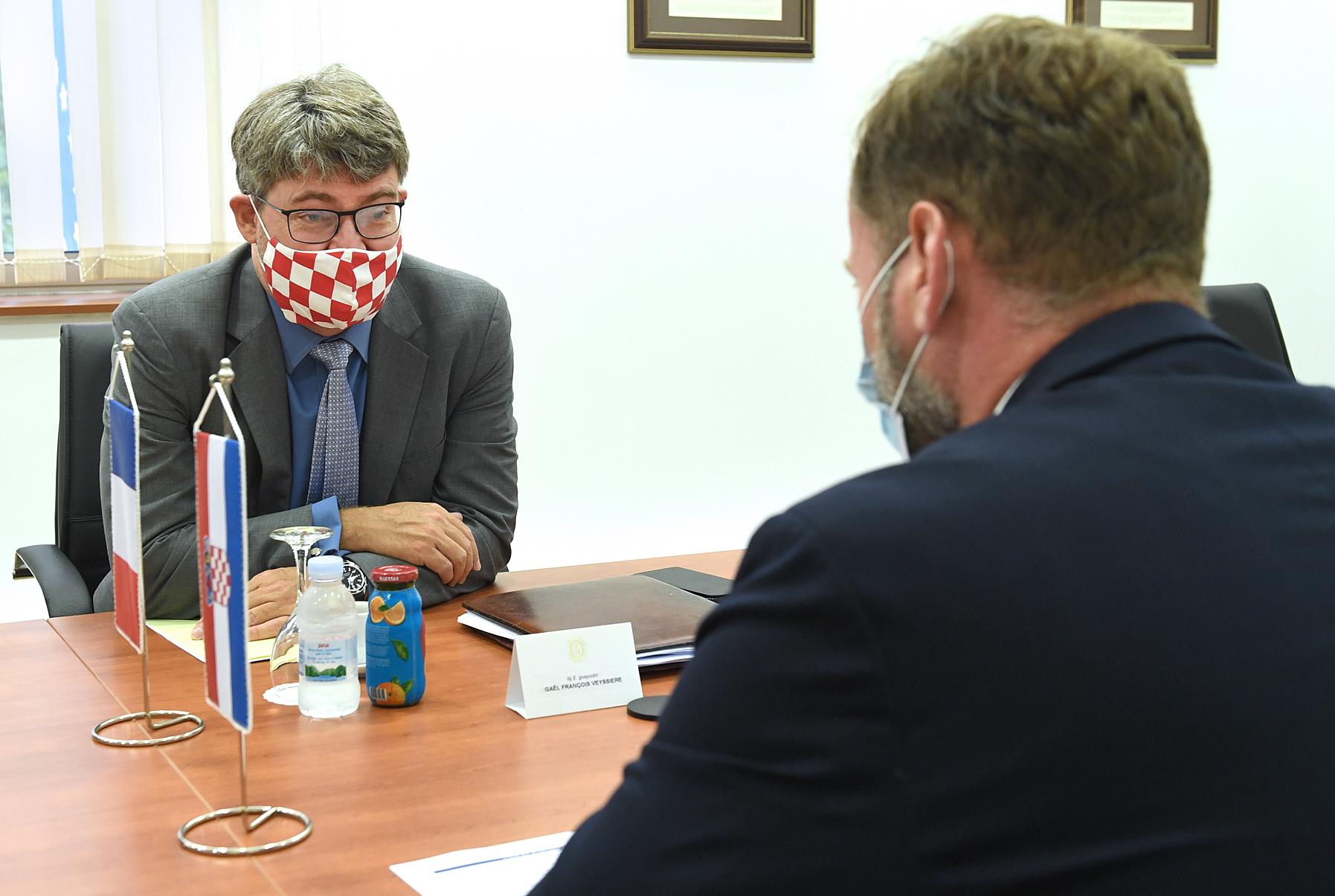 Ministar obrane Banožić s francuskim veleposlanikom Veyssiereom