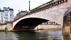 Sous le Pont (252)