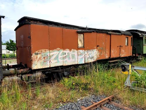 DE-98693 Ilmenau  Bahnhof Rennsteigbahn Packwagen  im Juli 2020