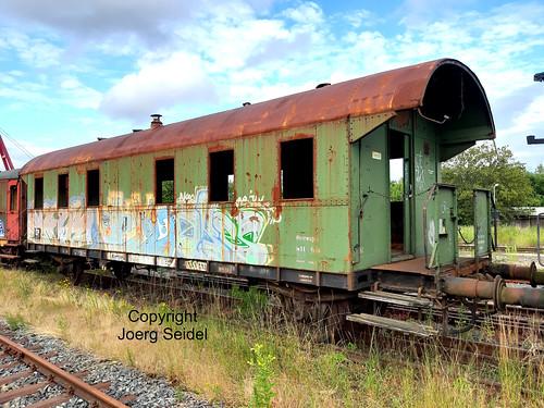 DE-98693 Ilmenau  Bahnhof Rennsteigbahn Bi-Wagen Bauzugwagen im Juli 2020