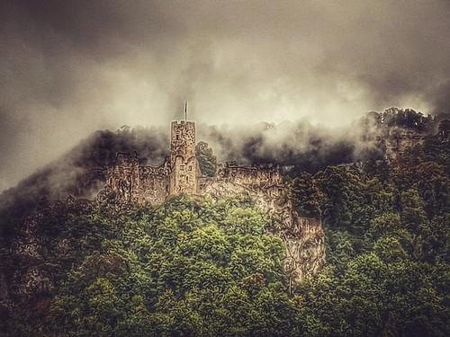 Neu-Falkenstein Castle