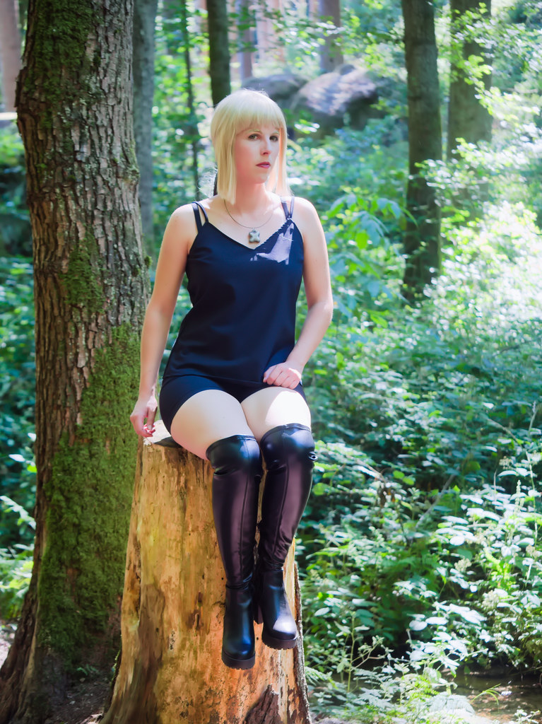 related image - Shooting Saber Alter Shinjuku - Fate Grand Order - Xeluria - Chateau de Beaufort - Luxembourg -2020-07-30- P2200880