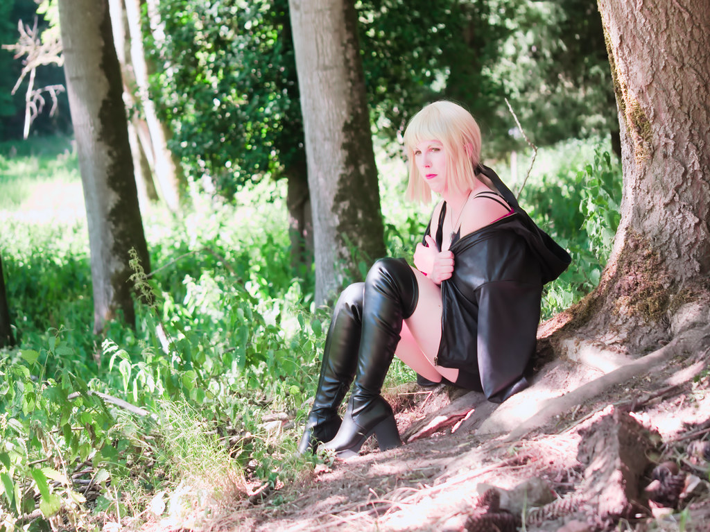 related image - Shooting Saber Alter Shinjuku - Fate Grand Order - Xeluria - Chateau de Beaufort - Luxembourg -2020-07-30- P2200901
