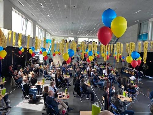 Tafeldecoratie 3ballonnen Gronddecoratie Diplomering Penta College Hoogvliet Rotterdam Geslaagd