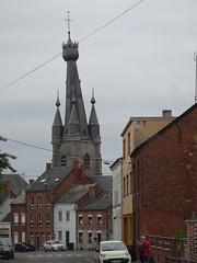 Le clocher penché de l'église de Solre-le-Château