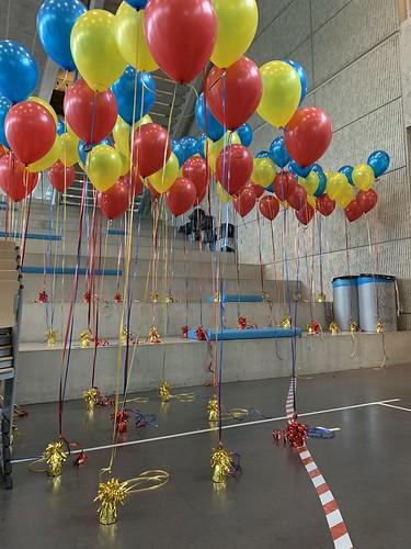 Tafeldecoratie 5ballonnen Gronddecoratie Diplomering Penta College Hoogvliet Rotterdam Geslaagd
