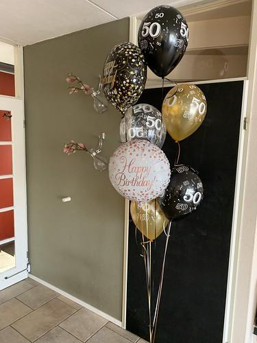 Ballonboeket Verjaardag 50 Jaar zwart goud
