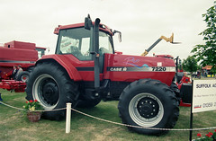 Tractors Case International 7220