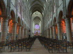 LaonCathedralInside - Photo of Laon