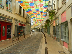 UmbrellaStreet - Photo of Laon