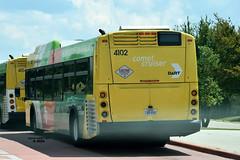 4102 883 Comet Cruiser West