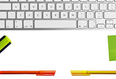 #flatlay #banner #keyboard #pens #organisation