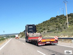 Cyganex Volvo FH 540 Low Bed Special Transport - Spain