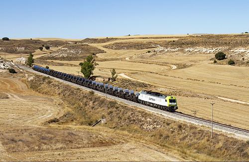 Bobinero de Captrain Bilbao Mercancías-Aranda de Duero a cargo de la 601.002
