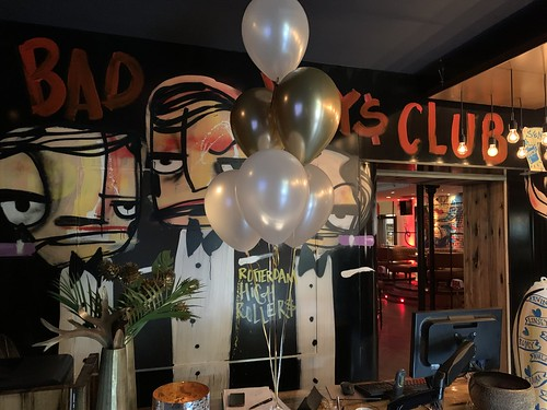 Tafeldecoratie 6ballonnen Harbourclub Rotterdam