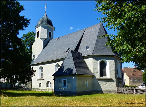 Dreifaltigkeitskirche zu Neusalza-Spremberg
