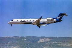 Skywest Canadair Regional Jet CRJ-700 Arriving at Santa Barbara
