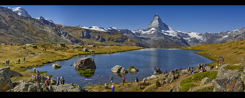 End of the summer in the Stellisee (Zermatt). Panorama.izakigur No. 62 63 65.08.09.20, 12:05:33. Canton of Valais, Switzerland.