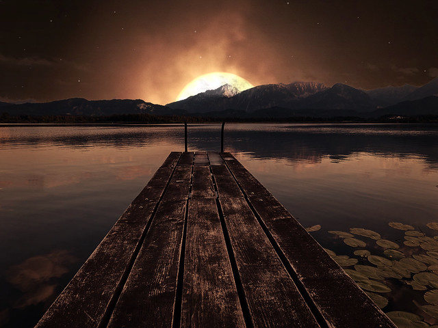 Photo:Hopfen am See - An Alps view from the  landing stage in the evening. By ANBerlin [Ondré]