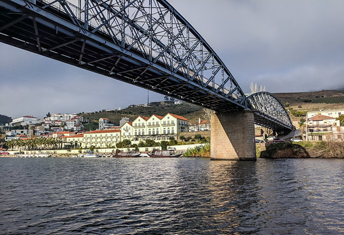 pinhao bridge