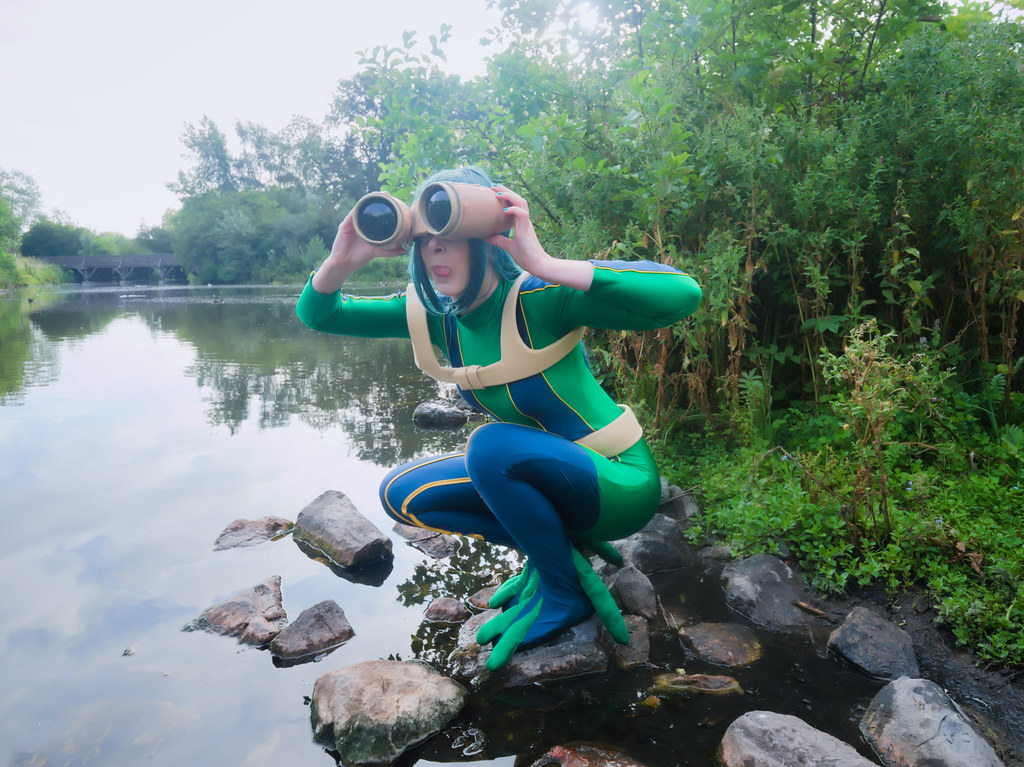 related image - pp/retouches/Shooting Tsuyu Asui - My Hero Academia - Enaelle - Parc du Heron - Lille -2020-08-02- P2222007
