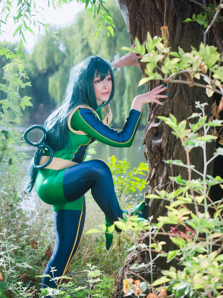 related image - pp/retouches/Shooting Tsuyu Asui - My Hero Academia - Enaelle - Parc du Heron - Lille -2020-08-02- P2222059