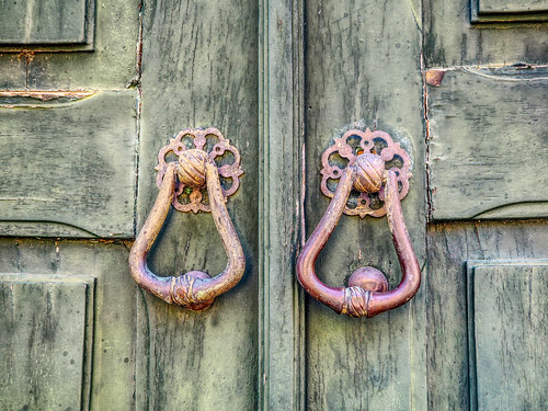 Faro Doors
