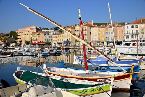 La Ciotat / Port Vieux / Barques et mâts