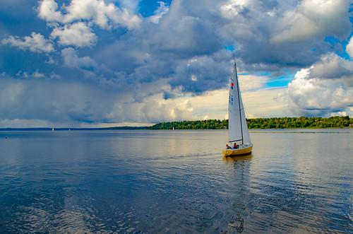 A placid sailing (in explore)