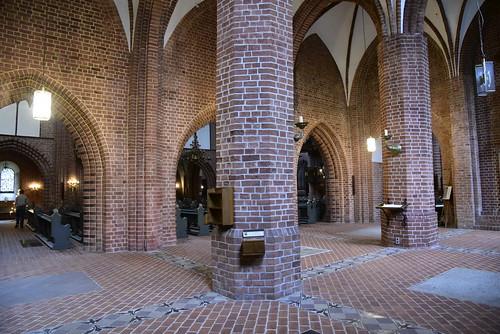 Johannes-Kirche - Säulen; Meldorf, Dithmarschen (77)