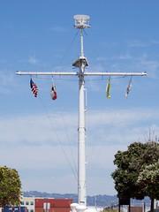 USS Oakland mast at park in Port of Oakland DSC_0597