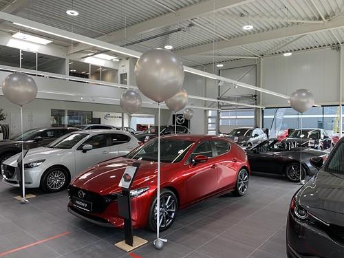 Cloudbuster Rond Mazda Hyundai dealer Autobedrijf Kooy Oud Beijerland