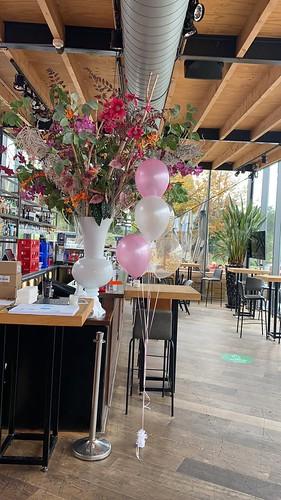 Tafeldecoratie 6ballonnen Gronddecoratie  Restaurant De Tuin van de Vier Windstreken Rotterdam