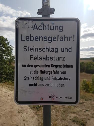 ...ist die Naturgefahr nicht aus zuschließen... - Behördendeutsch