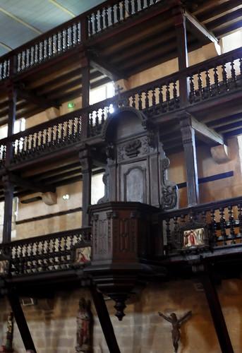 Chaire à prêcher (1721) et tribunes, église Notre-Dame de l'Assomption, Ascain, Pays basque, Pyrénées-Atlantiques, Nouvelle-Aquitaine, France.
