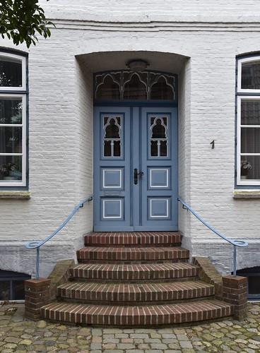 Türen am Marktplatz in Meldorf, Dithmarschen (91)