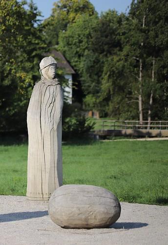 """Skulpturenpark - """"Das Versprechen"""" von Stephan Guber"""