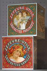 Décors d'Alfons Mucha pour des boites de biscuits LU (Musée d'histoire de Nantes)