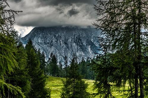 Grimming unter Wolken