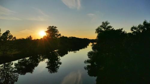 Sonnenuntergang Fluss Spiegelung / Sunset river reflection