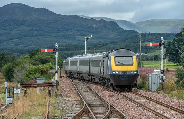 In typical moody Highlands weather, former GWR power car 43176 leads its four coach formation (with 43028 at the rear) on 1H51 1209 Glasgow Queen Street to Inverness into Kingussie - 8th September 2020