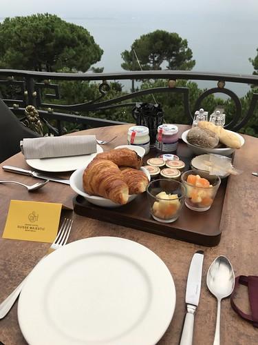 Montreux Breakfast