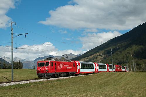 Glacier Express bei Gluringen