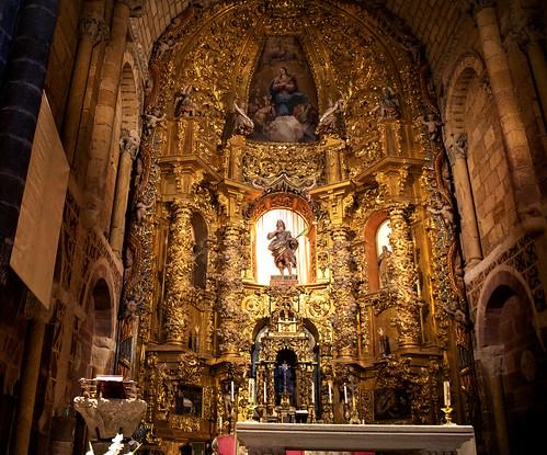 ALTAR MAYOR BASILICA DE SAN VICENTE AVILA 1382 21-8-2020