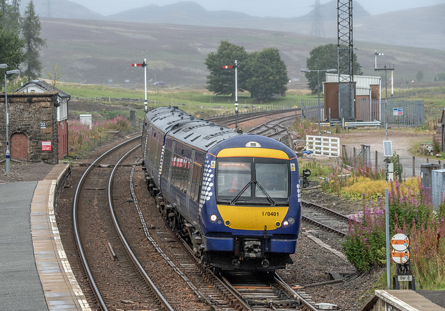 170401 slows for the stop at the Highland outpost of Dalwhinnie with 1T99 1450 Inverness to Glasgow Queen Street on 8th September 2020