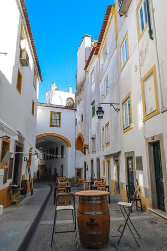 Evora Alleys