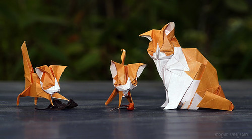Origami Cat and her Kittens (Kyohei Katsuta)