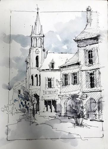 Les arcades et église St Pierre