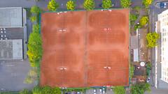 Top-Down-Luftbild der Tennisplätze der Kölner Tennisgesellschaft Blau-Gold